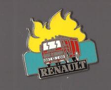 Pin's camion pompier Renault (signé Sofrec)