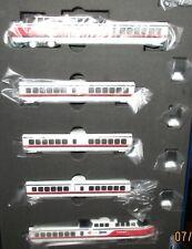 Rapido N scale Turbo Train  - Early Amtrak   5 car set -  520003