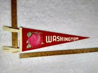 "Vintage😍 Washington State Apple Souvenir Tourist 18"" Felt Pennant RARE!!!"