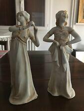 """2 statuettes en """"biscuit"""" - danseuses Orientale - Signées Henri-Louis LEVASSEUR"""