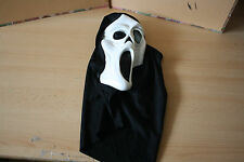 SCREAM MASK IN BLACK & WHITE  HALLOWEEN TYPE TOY ADULT SIZE
