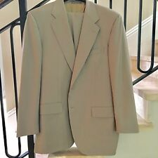 Men's Salvatore Ferragamo ITALIAN Wool Suit Size 42 L - Unbelievable!!