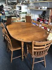 Hitchcock Dining Table and 6 Chairs In Great Condition