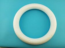 "Styrofoam Smoothfoam 14"" Ruled Wreath"