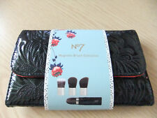 NEW BOOTS NO 7 MAGNETIC BRUSH COLLECTION SET - IDEAL GIFT