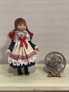 Vintage Artisan ARLETTE EVANS Little Girl Dresser Doll Dollhouse Miniature 1:12