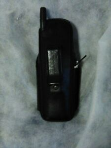Vintage Nokia Model 5125 NSC-1NX Cell Phone with Case