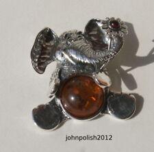 Collares y colgantes de joyería con gemas de bebés