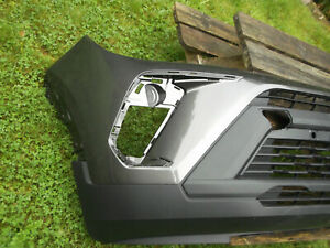 Crossland front bumper in moonland grey, 2021 new model.