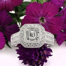 Emerald White Gold VS1 18k Diamond Engagement Rings