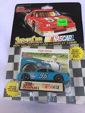LIONEL NASCAR TOM PECK 96 CAR COLLECTOR CARD DISPLAY STAND WINSTON CUP RACING