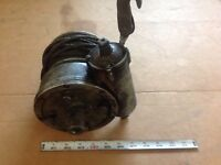WWII GENUINE AIRCRAFT WINCH ORIGINAL AIRFORCE EQUIPMENT DETACHABLE COLLECTABLE!