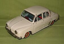 V263 BANDAÏ RENAULT DAUPHINE TOLE 21 cm FRICTION TIN TOYS 1/24  BE