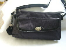 "Womens ""G"" Print Satchel Type Shoulder Handbag = Ideal Massenger Bag"