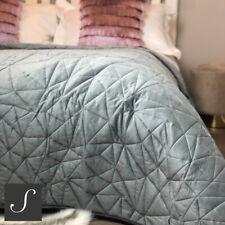 Luxury Velvet Double / King Size Dark Grey Quilted Bedspread Geometric