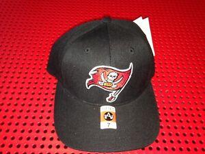 Vintage Tampa Bay Buccaneers NFL Hat Cap American Needle Black NWT fitted 7