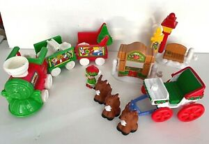Mixed Lot of Fisher Price Little People Christmas Tree Lighting & Train 2004
