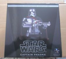 Star Wars : The Force Wakens  Captain Phasma Mini Bust 2016 Convention Exclusive
