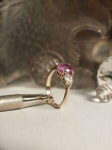 GENUINE - SOLID 375 YELLOW GOLD LADIES PINK TOPAZ & ZIRCONIA RING