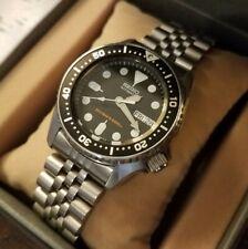Seiko Automatic Diver's 200M SKX013 Men's Watch Original Jubilee Bracelet