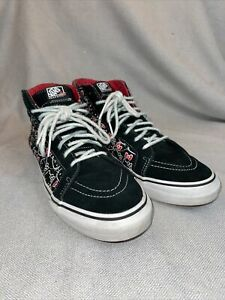 Hello Kitty Vans Women's Size 10.5Men's 9 Black White Red Skateboard Shoes