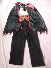 Costume complet  VAMPIRE/DRACULA  - 5/6 ans