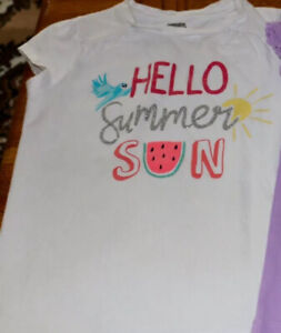 Gymboree Top For A Girl. Size 7-8M.