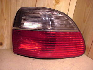 CADILLAC CATERA 97-99  1997-1999 TAIL LIGHT PASSENGER RH RIGHT OEM