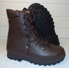 ALTBERG BROWN LEATHER COMBAT DEFENDER BOOTS - Size: 8 W , British Army NEW