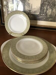 Royal Doulton Sonnet 6 Bread Plates And Serving Plate