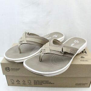 CLARKS CLOUDSTEPPERS womens slip on low heel gray thong sandals size 8 Med NEW