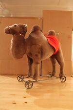"""Steiff 400438 """"Kamel auf Rädern"""""""