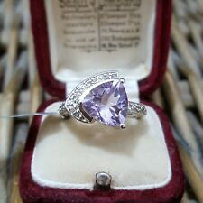 GEMPORIA STERLING SILVER RING, ROSE DE FRANCE AMETHYST & WHITE TOPAZ, SIZE N½