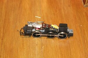 TRIANG OO GAUGE CHASSIS WITH MOTOR LOT 3