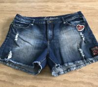CITY CHIC Womens Denim SHORTS Size 16 Excellent Condition