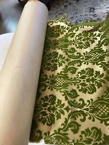 vintage green velvet w gold background wallpaper
