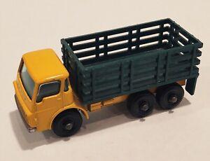 4-D2 Near MINT! Dodge Stake Truck Green Bed Lesney Matchbox circa '67