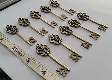 70 x Gold KEY CHARMS PENDANTS Old Antique Vintage Keys Crafts Jewellery Santa