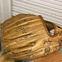 1989 Oakland A's Autographed Baseball Glove Mark McGwire Dave Stewart Henderson