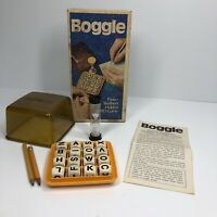 Vintage (1976) Boggle board game, Parker Bros Parker Brothers hidden word