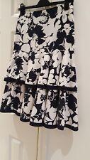 """Vintage 1990's Ladies Summer skirt.  Waist 29""""."""