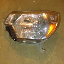 Headlight For 2012-2015 Toyota Tacoma Driver Side , broken tab