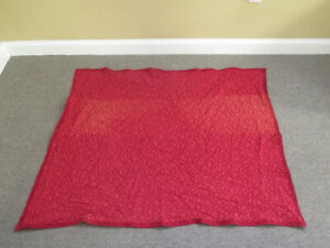 LF42078EC: JOHN RICHARD Decorative 56 x 47 Red Throw Blanket