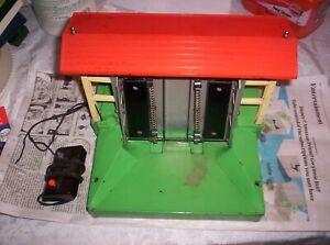 Prewar Lionel Operating 164 Log Loader/Controller, Working