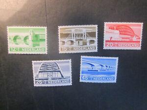 1968 Netherlands complete set summer stamps - MLH - bridges