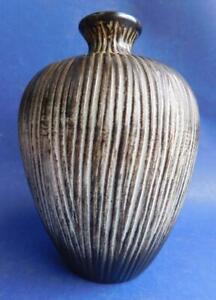 Beautiful Mid Century ELLIS Australian Pottery 290 Vase 1960s Incised Finish.