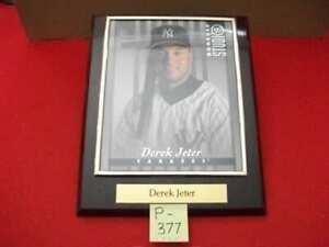 VINTAGE 1997 COLLECTIBLE N.Y. YANKEES DEREK JETER DONRUSS STUDIO FRAMED PORTRAIT