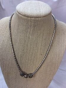 Beautiful Lois Hill Bali Indonesia  Sterling Silver 925 Charms Pendant Necklace