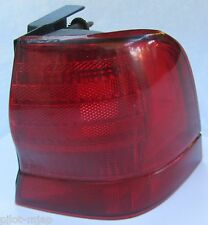 """1994 """"FORD""""  """"THUNDERBIRD""""   RIGHT HAND DRIVERS SIDE TAIL LIGHT LAMP COVER RH"""