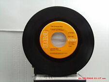 THE GUESS WHO -(45)- LAUGHING / UNDUN - A SIDE CHARTED #10---B SIDE #22 IN  1969